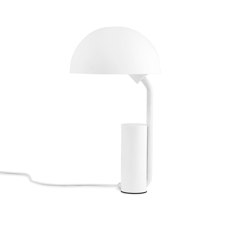 Design tafellamp van metaal