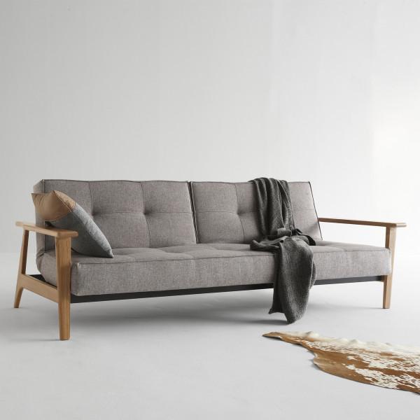 Design slaapbank met eiken armleuningen