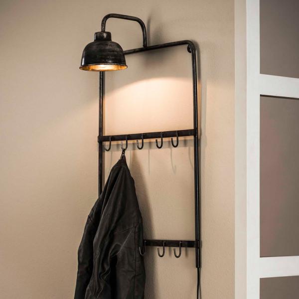 Wandkapstok met lamp
